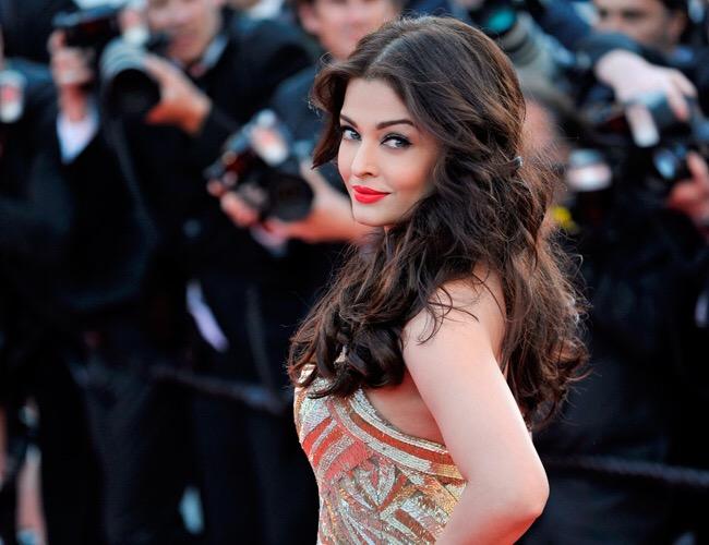 Revealed! Aishwarya Rai Bachchan to play a rockstar in Fanney Khan