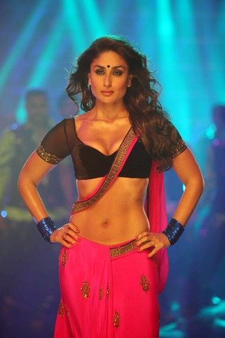 Kareena Looks26