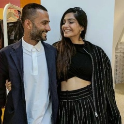 Move over Sonam Kapoor's Valentines Day message; Anand Ahuja wins the cutest message award