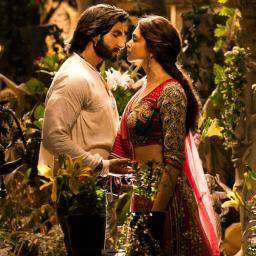 Deepika-Ranveer to share wedding pictures today