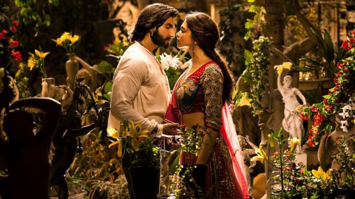Deepika-Ranveer to share wedding picturestoday