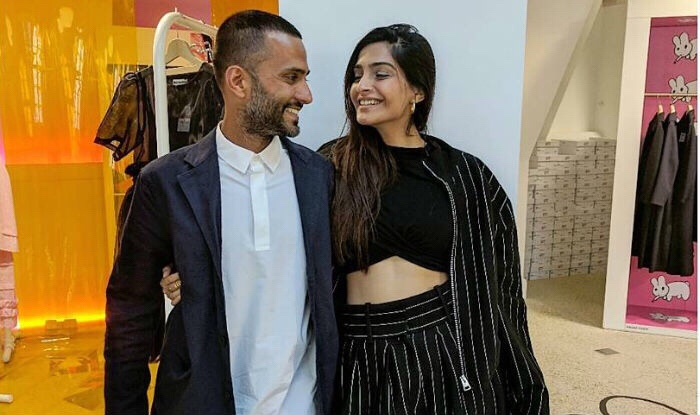 Sonam Kapoor and Anand Ahuja confirm their wedding date as the 8th ofMay!