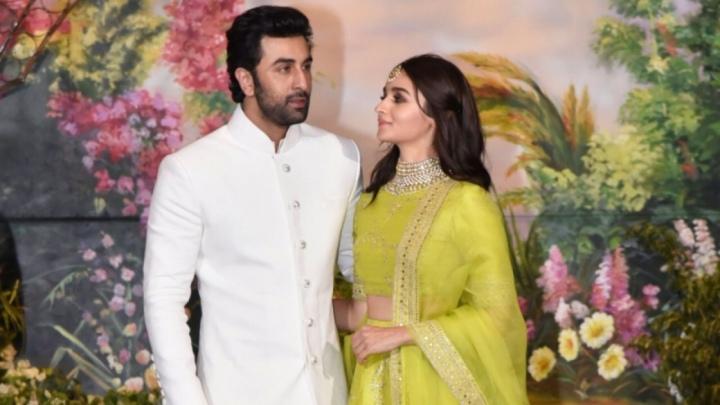 Ranbir Kapoor – Alia Bhatt on Karan Johar'scouch