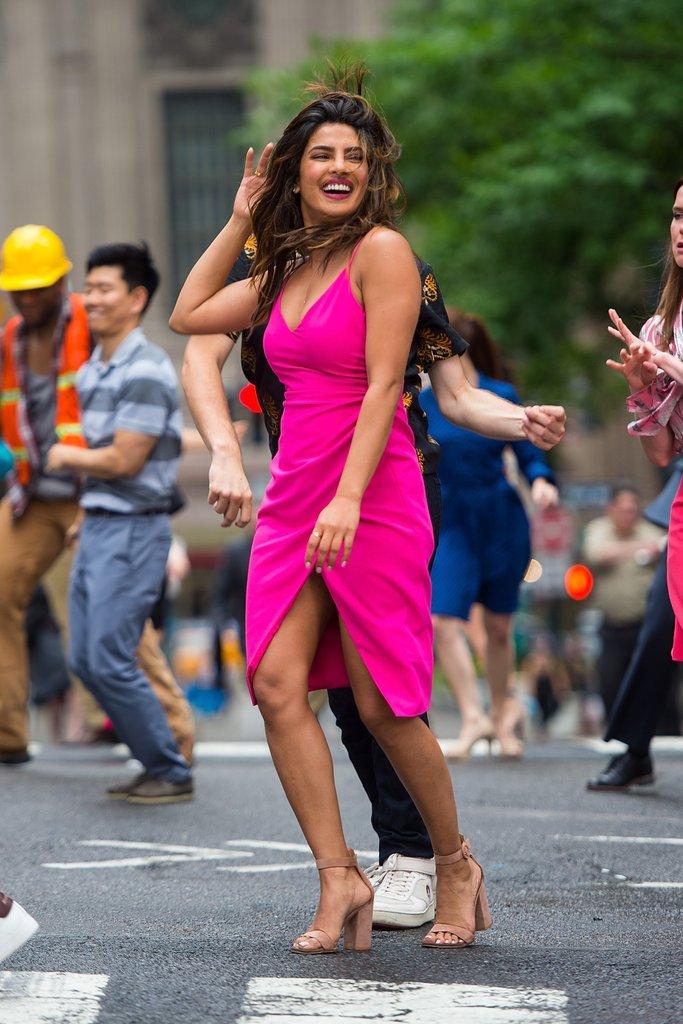 Priyanka-Chopra-Pink-Dress-Isnt-Romantic-Movie