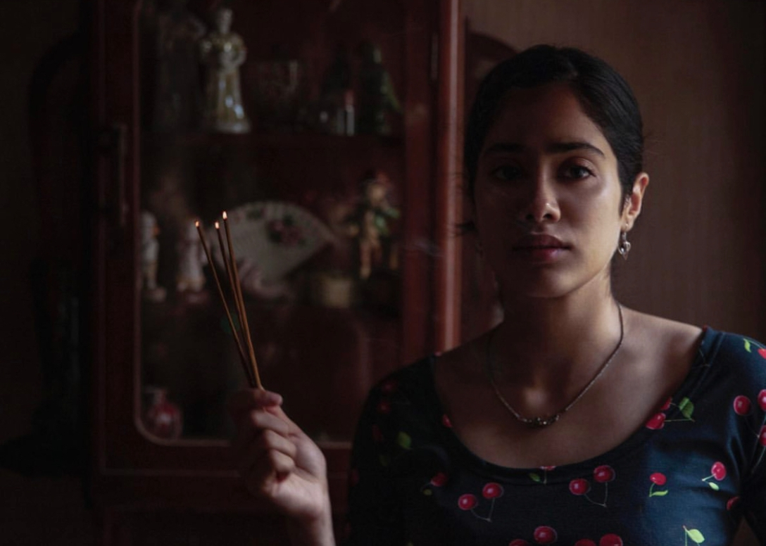Ghost Stories - A wrongly titled film + Bombay Balloon 34