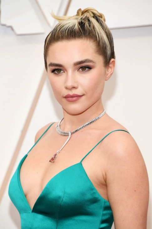 Florence Pugh in Louis Vuitton 1