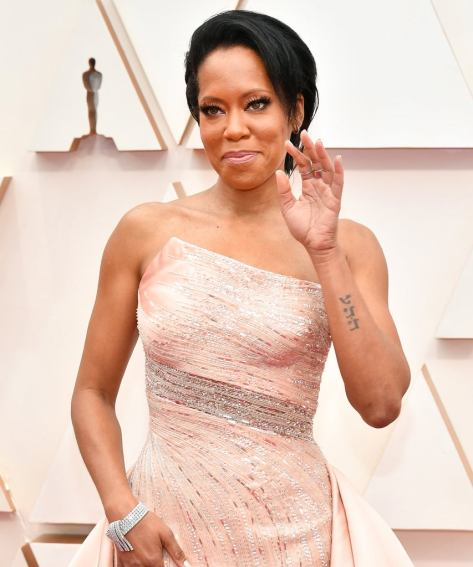 Regina King in Versace 1