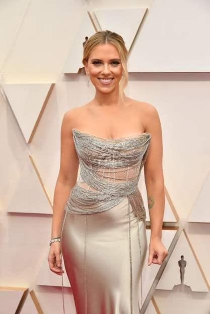 Scarlett Johansson in Oscar de la Renta 2