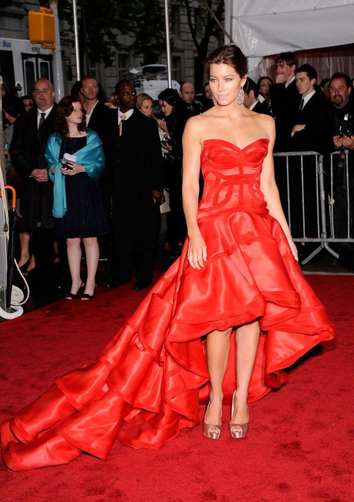 Jessica Biel in Versace 2009