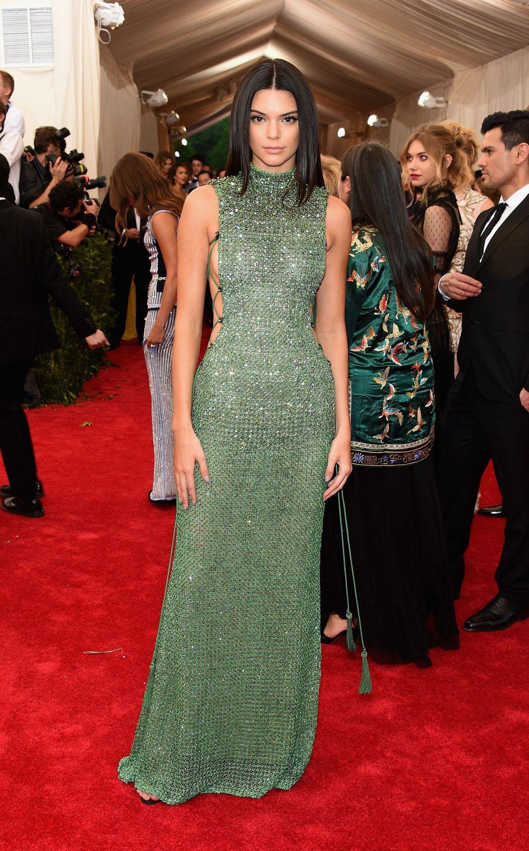 Kendall Jenner in Calvin Klein 2015