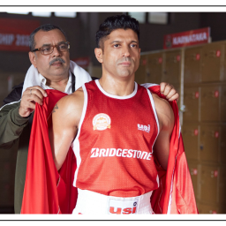 Farhan Akhtar & Mrunal Thakur Deliver Even Under The Weight Of Toofaan's Clumsy Writing